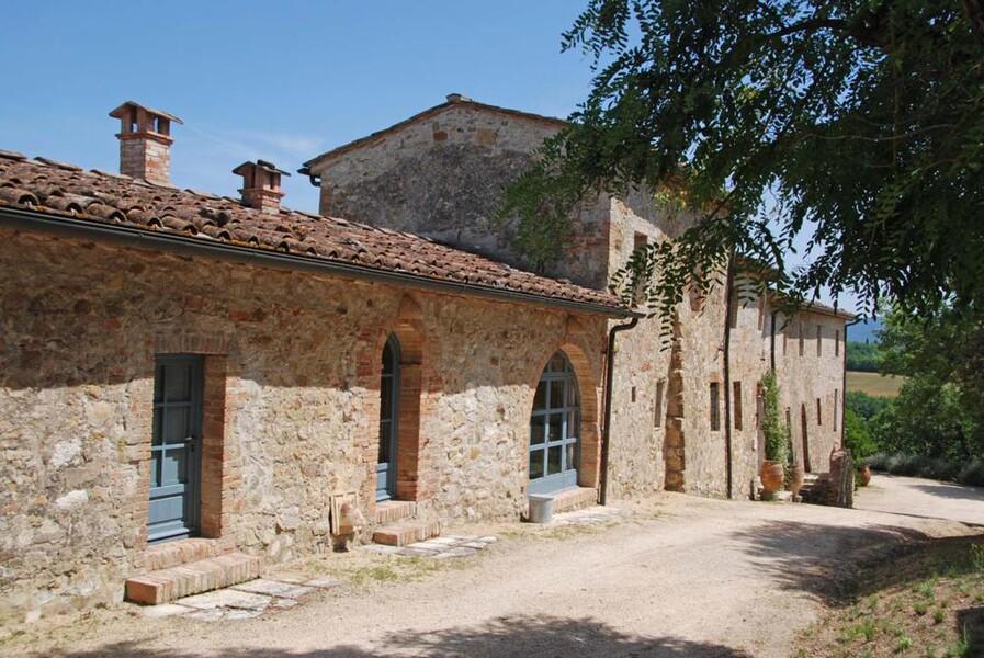 Das Le Porciglia bildet eine große Anlage inmitten einer traumhaften Landschaft