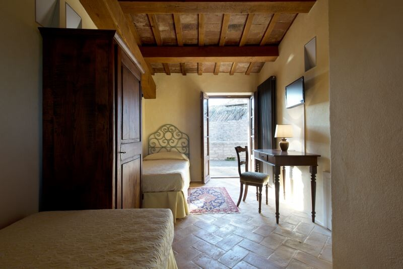 Cagli Urbino-Area Adriatic-Coast-&-The-Marches Castello di Naro gallery 027 1516438546