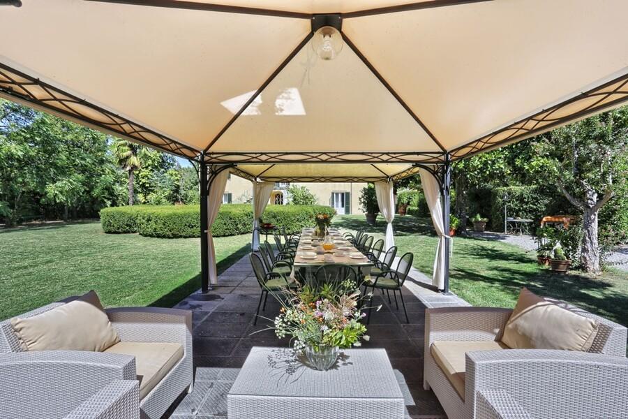 Auch als Location für Hochzeiten und Feste bietet sich die Villa Clara an