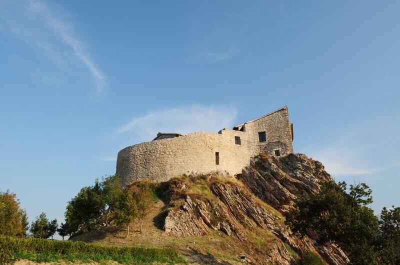 Cagli Urbino-Area Adriatic-Coast-&-The-Marches Castello di Naro gallery 036 1516438546