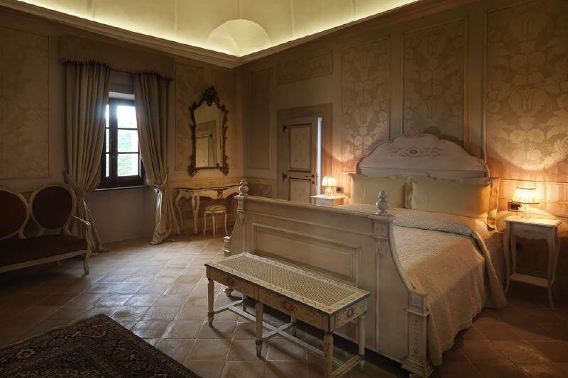 Cagli Urbino-Area Adriatic-Coast-&-The-Marches Castello di Naro gallery 029 1516438546