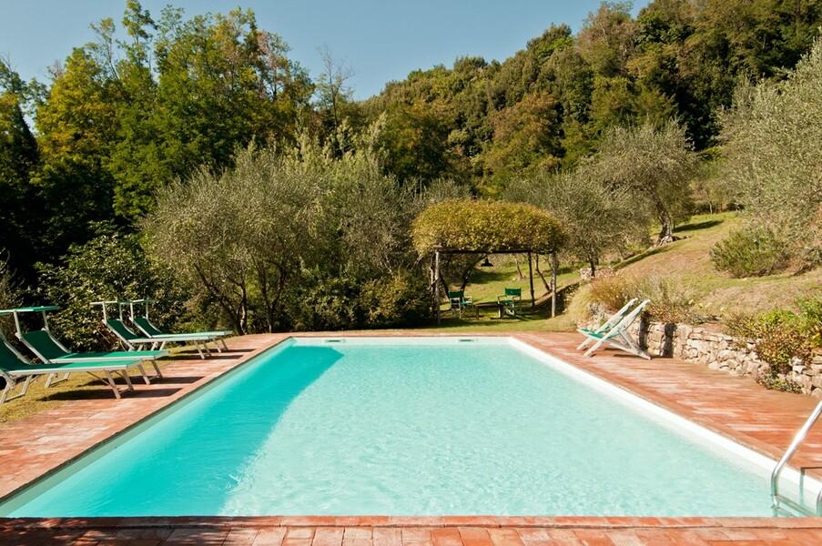 Pool zur Alleinnutzung im Ferienhaus Damiano in Lucca
