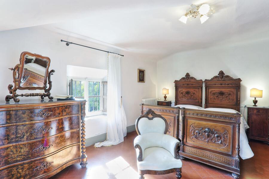 Viele der Möbel der Villa Clara passen perfekt ins historische Gesamtbild